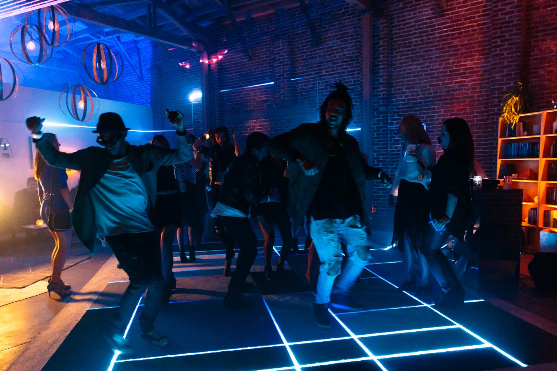Absolut - Floor - Dancing